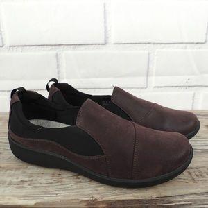 Clarks sz 8 Sillian Paz merlot vegan leather shoes